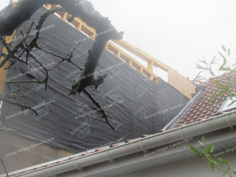 travaux litiges travaux empi tement sur notre toiture suite aux travaux des voisins. Black Bedroom Furniture Sets. Home Design Ideas