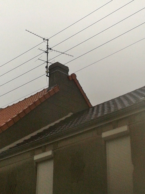 infiltration entre mon pignon et toiture des voisins